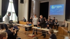 Spagetti-Bridge-contest-2nd-place-winners-Jonas-Basanavicius-pregymnasium-4